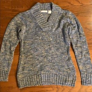 Liz Claiborne V-neck Sweater EUC-never worm